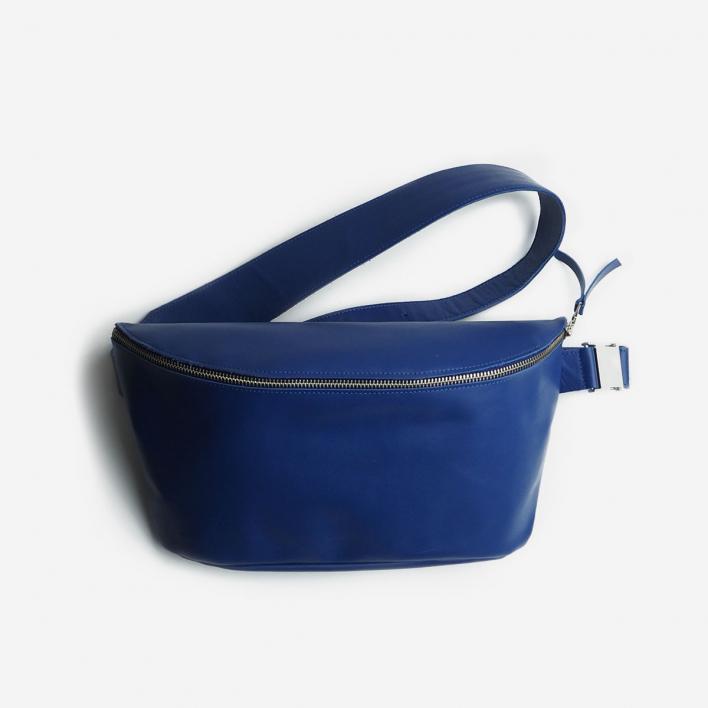 Fanny Pack Deep Blue Large Bauchtasche aus Leder                          </a>                    </div>                    <div class=