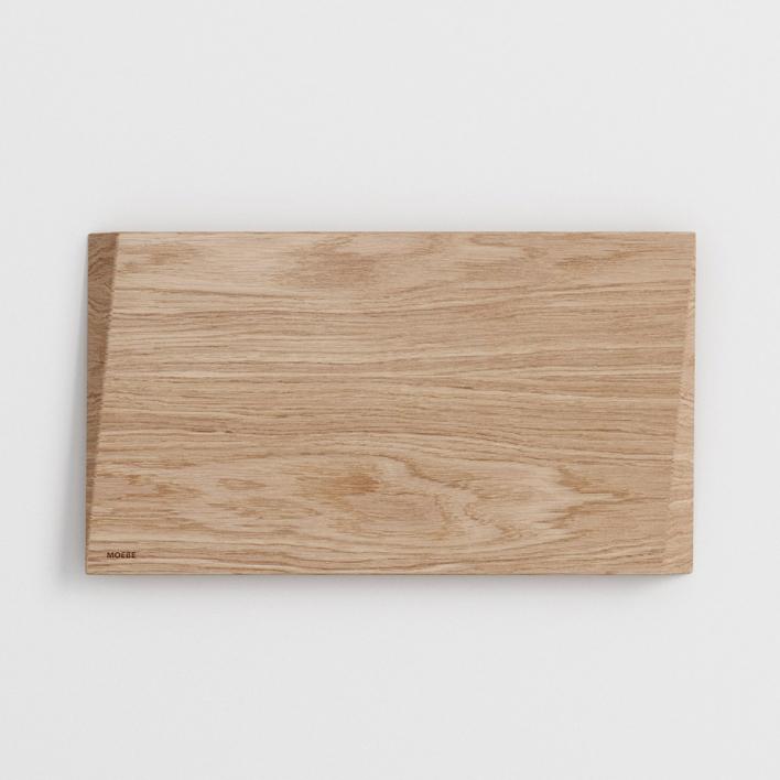 Moebe Cutting Board - Schneidebrett aus Eiche Small 33 × 18,5 × 1,8 cm