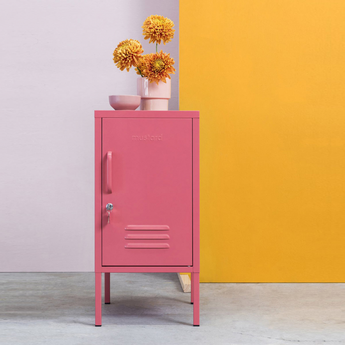 mustard The Shorty Locker Berry opens to right Berry | opens to right