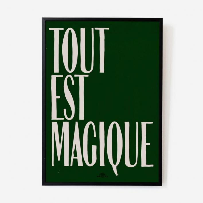Hôtel Magique Tout est Magique Green Print - A2 Rahmen Esche Dunkel