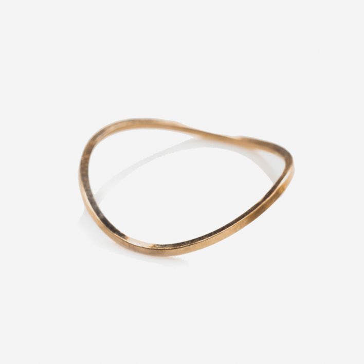By Boe Wavy Thin Band Ring vergoldet