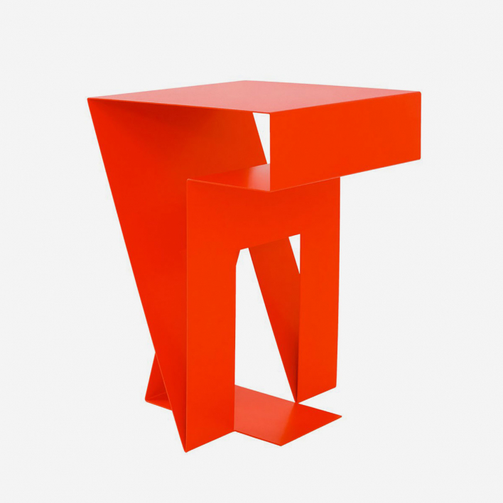objekte unserer tage NEUMANN Side Table Luminous Red Luminous Red