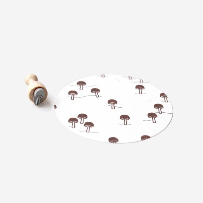 Perlenfischer Mushroom Mini Stamp