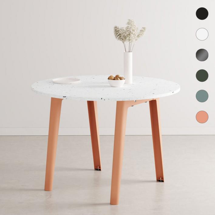 Tiptoe NEW MODERN Round Table – runder Tisch mit Tischplatte aus recyceltem Plastik