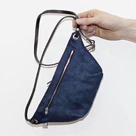 Fanny Pack Suede Blue>     </noscript> </div>          <div class=