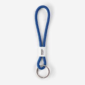 Pantone™ Color of the Year 2020 Classic Blue 19-4052 Schlüsselband Short>     </noscript> </div>          <div class=