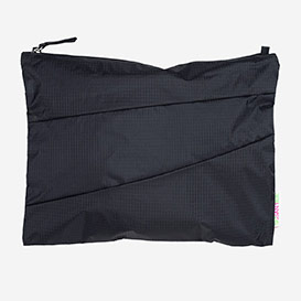 The New Pouch L Black & Black>     </noscript> </div>          <div class=