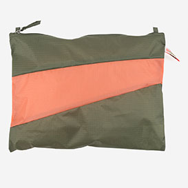 Pouch L Country & Lobster>     </noscript> </div>          <div class=