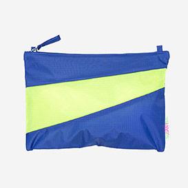 Pouch M Electric Blue & Fluo Yellow>     </noscript> </div>          <div class=