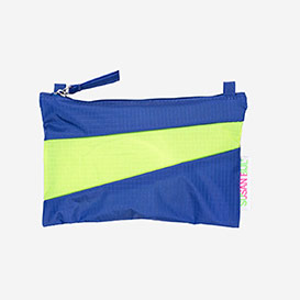 The New Pouch S Electric Blue & Fluo Yellow>     </noscript> </div>          <div class=