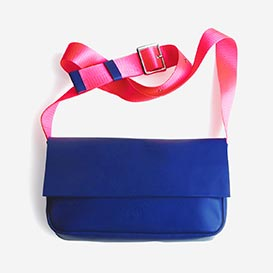 Road Trip Blue / Fluo Pink Leather Shoulder Bag>     </noscript> </div>          <div class=