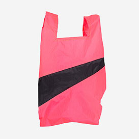The New Shoppingbag M Fluo Pink & Black>     </noscript> </div>          <div class=