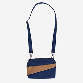 The New Bum Bag S Navy & Camel>     </noscript> </div>          <div class=
