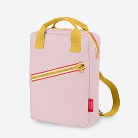 Zipper New Pink – Kids Backback from recycled PET>     </noscript> </div>          <div class=