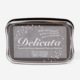 Delicata Silver Shimmer Stempelkissen>     </noscript> </div>          <div class=